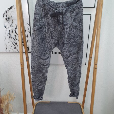 Aladin Schlupfhose mit großen Taschen Animal Print