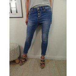 Jewelly by Lexxury Stretch Jeans| im baggy boyfriend...