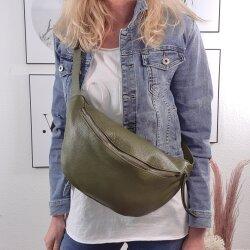 Mittelgroße Bodybag- Cross Over Ledertasche