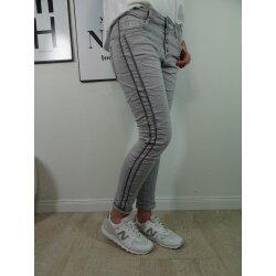 Jewelly Stretch Jeans| im Baggy Boyfriend Schnitt| Damen...
